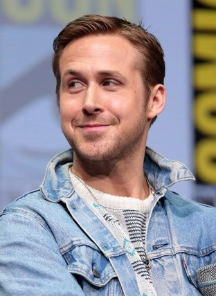 1200px-Ryan_Gosling_by_Gage_Skidmore